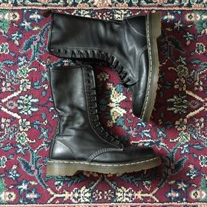 NWOT Dr. Martens Mid-Calf Black Leather Boots